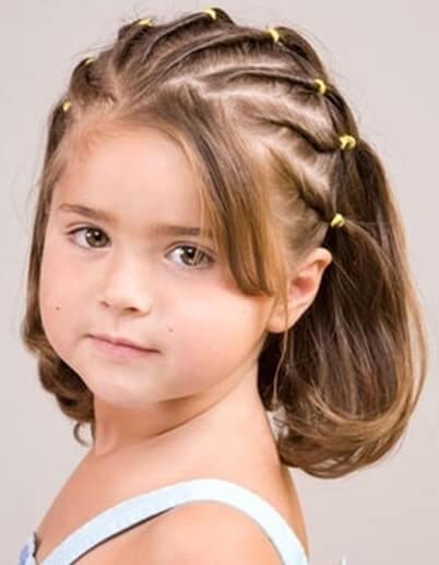 Опрятная и красивая прическа для девочка приучит ее к тому, чтобы всегда следить за собой
