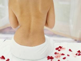 Высыпания на спине могут стать причиной дискомфорта