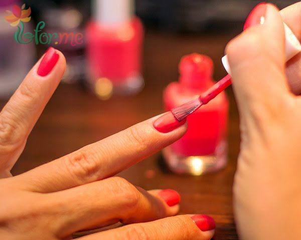Правила нанесения акрилового лака для ногтей
