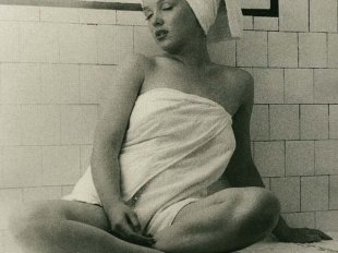 В бане многие любят проводить процедуры для кожи