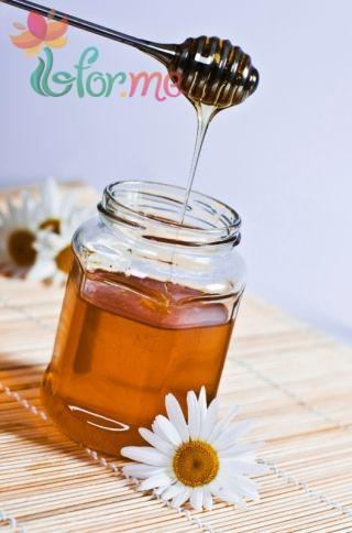 Маски для укрепления и роста волос с медом