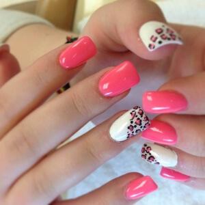 нарощенные ногти с блестками фото