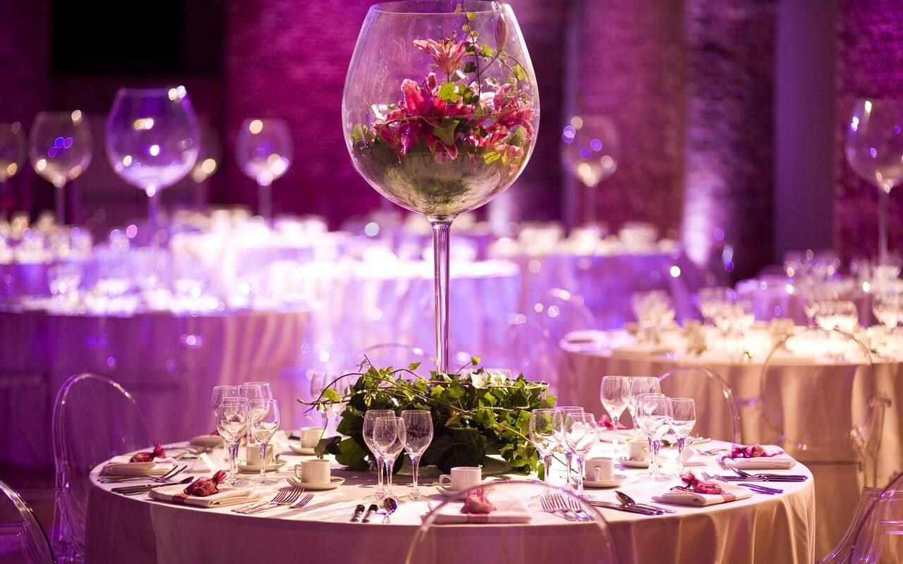 Оформление свадебных столов