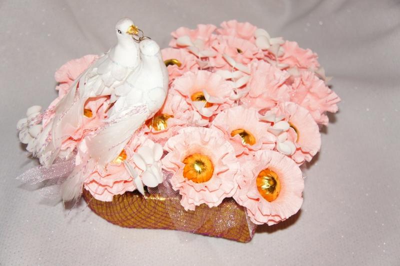 Подарки из гофрированной бумаги на свадьбу 572