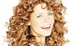Выбор стрижки на длинные кудрявые волосы