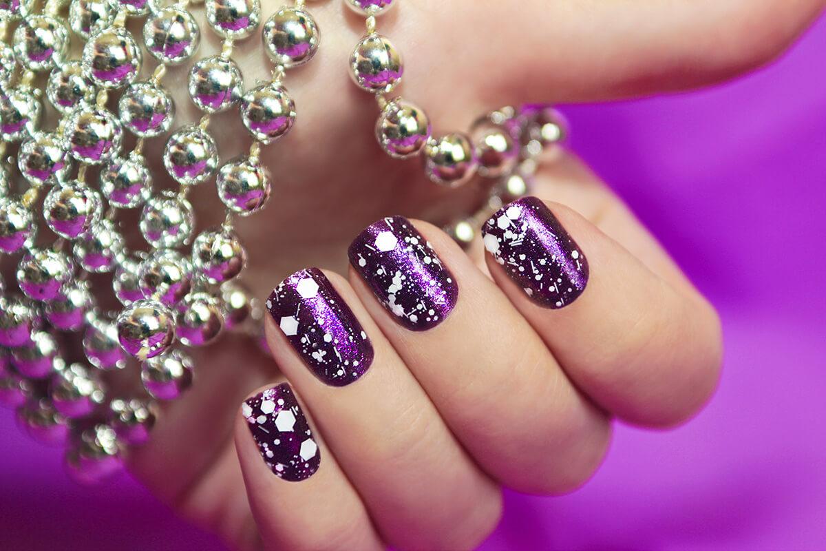 Фото дизайн на ногтях с блестками фото