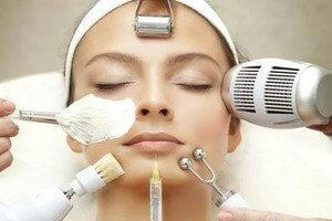 Косметические процедуры для лечения угрей в салоне