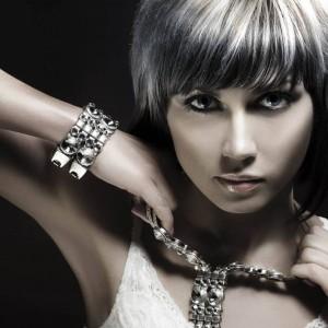 Серебро темнеет по различным причинам