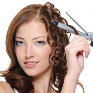 Волосы можно завивать различными способами