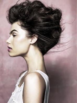 Фото 3 - Для праздничного образа волосы можно накрутить