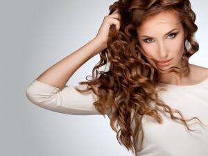 После мытья волос интенсивность окрашивания постепенно уменьшается