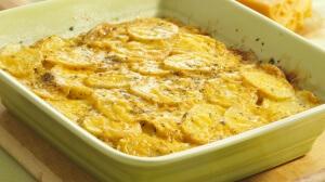 Картофель в сыре в микроволновой печи