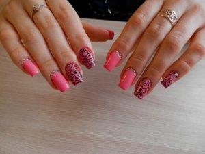 Рисунки акрилом на ногтях