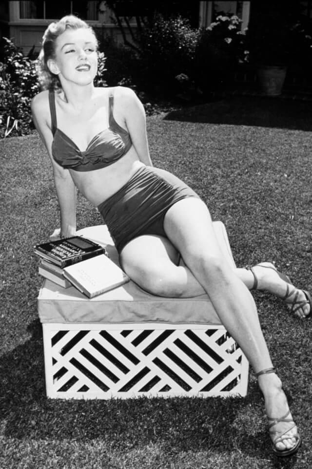 Мерилин Монро в бикини